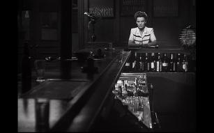 Phantom Lady_long bar